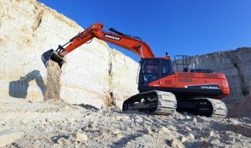 Doosan DX300LC 5 Quarry 3-1200PX